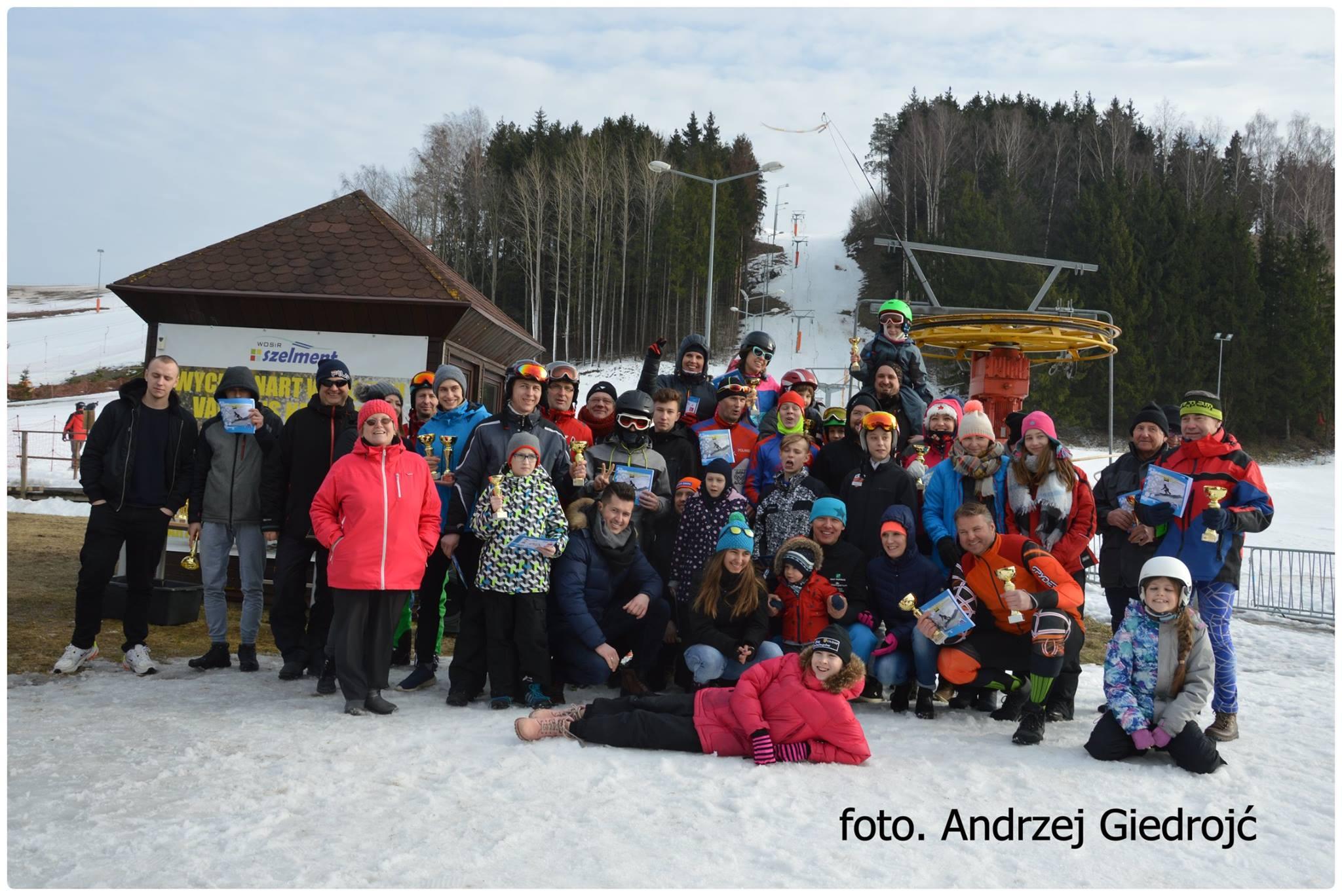 Zawody Family Cup  2019 w narciarstwie alpejskim i snowboardzie w Szelmencie